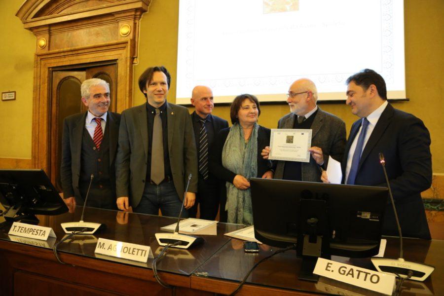 """Paesaggio rurale storico, la """"Fascia olivata Assisi – Spoleto"""" premiata a Roma"""